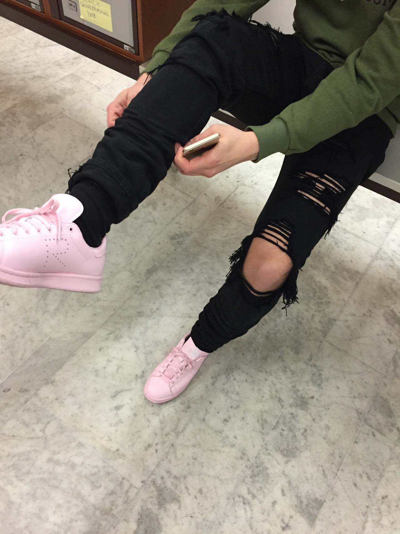 Trending: Adidas x Raf Simons Stan Smiths Pink Sneakers