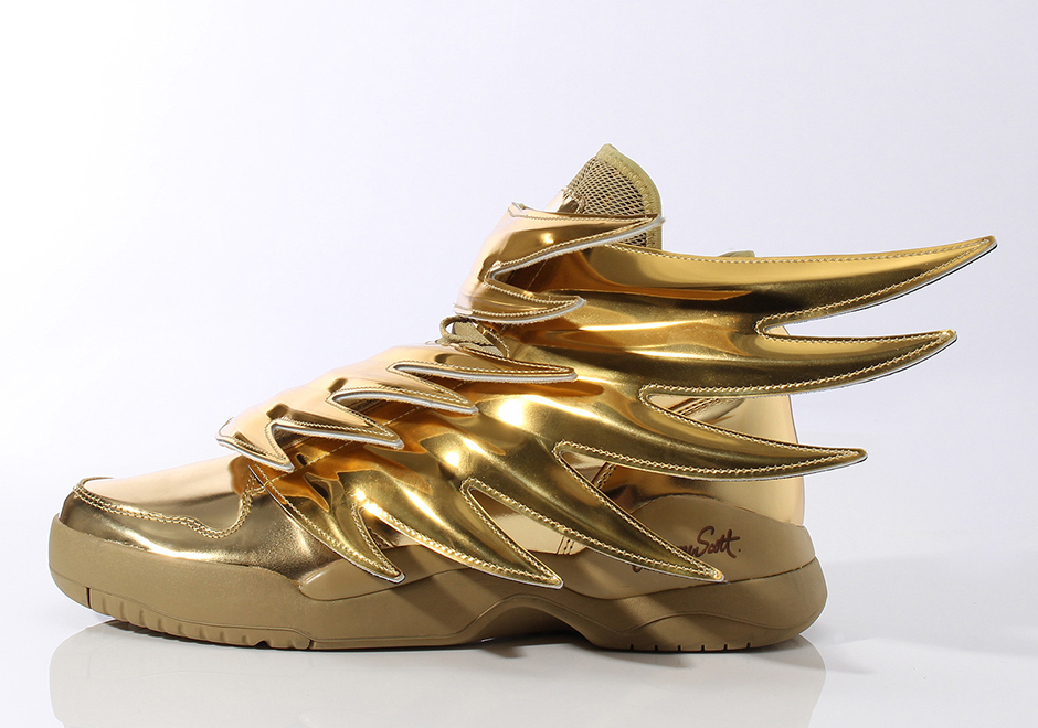 Sneaker Watch: Jeremy Scott x adidas Originals Gold Wings 3.0