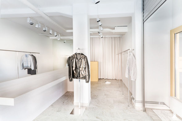 Très Bien Launches New Store in Sweden