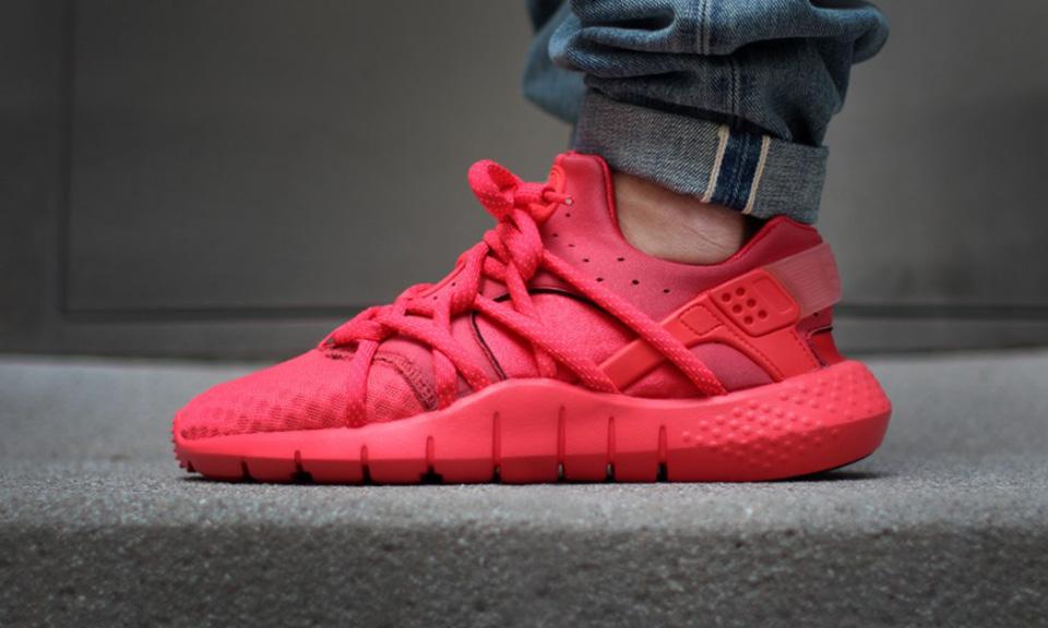"Sneaker Watch: Nike Huarache NM ""Red"""