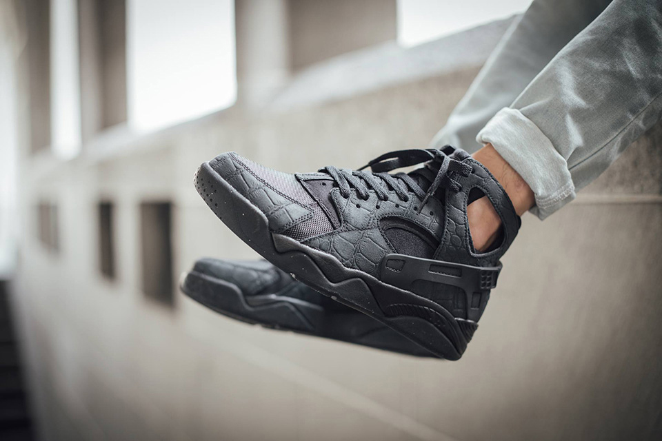 Nike Air Flight Huarache 'Black Croc Suede'
