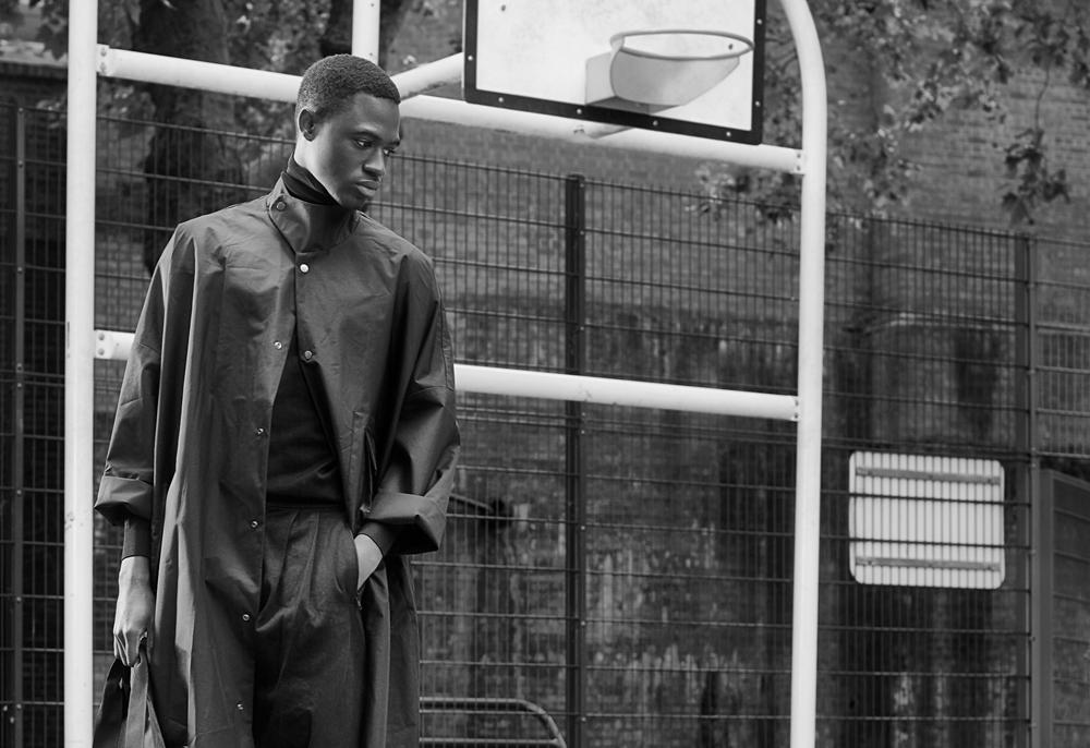 PAUSE Editorial: Le Sport Noir