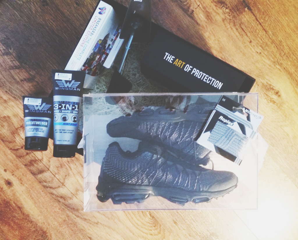 "JD Sports ""King of Trainers"" Sneaker Box"