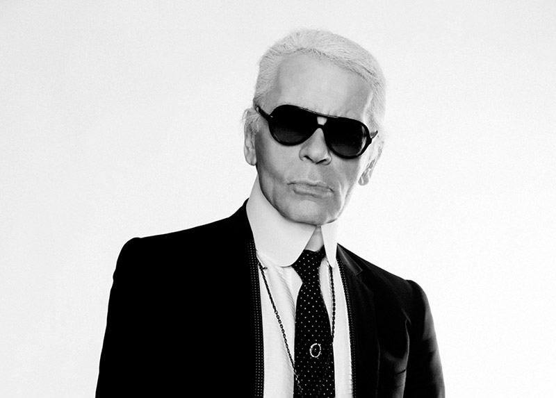 Karl Lagerfeld Wins 2015 Outstanding Acheivement Award