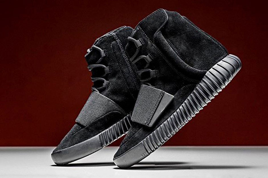 Adidas Originals Triple-Black Yeezy Boost 750