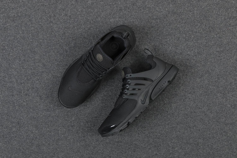 Sneaker Watch: Nike Air Presto Triple-Black