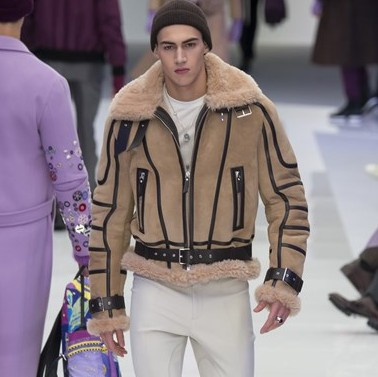 MFW: Versace Autumn/Winter 2016 Collection