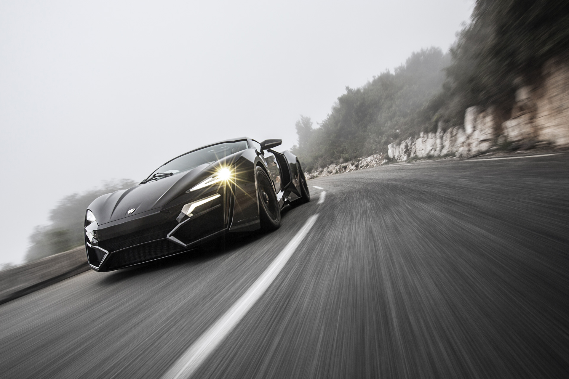 Max Speed Motors: The world's fastest cars