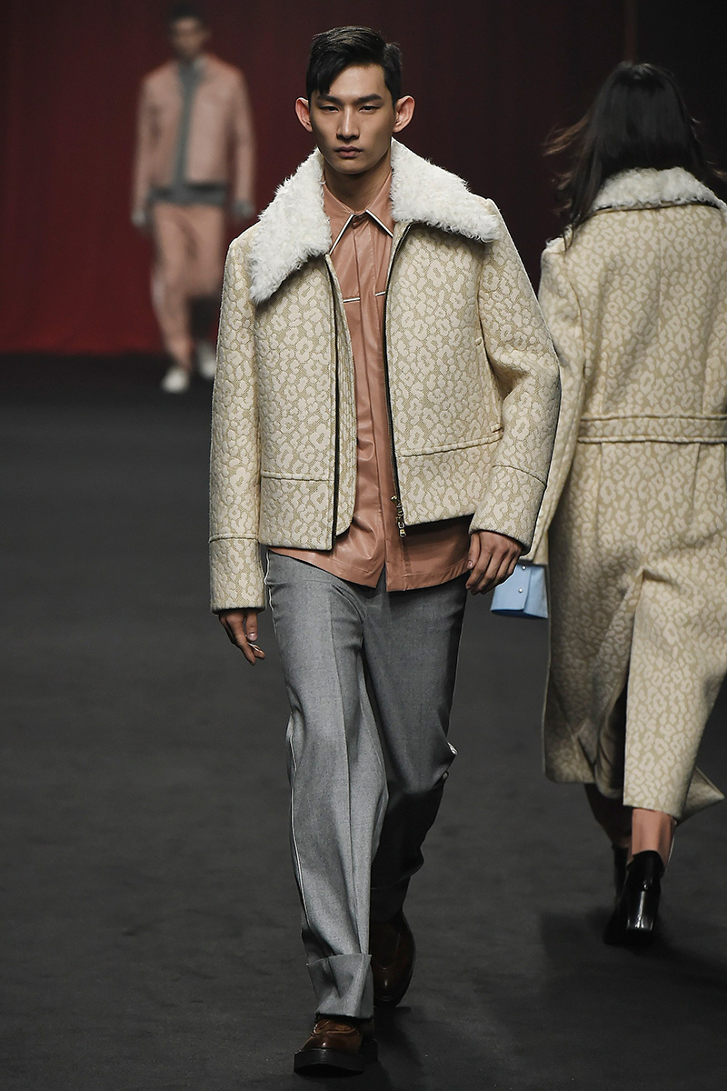 Ordinary People FW16 Collection at Seoul Fashion Week