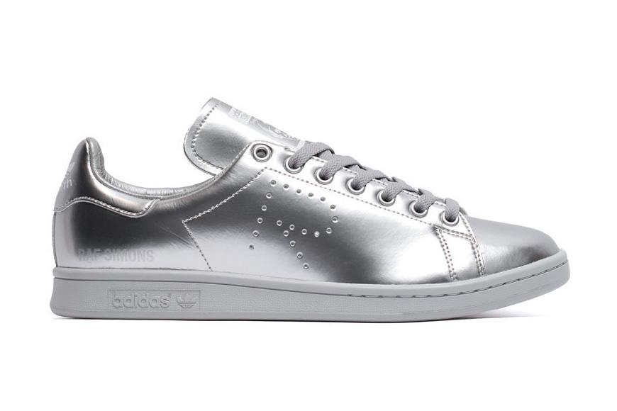 Raf Simons x Stan Smith: the Metallic Silver Sneakers