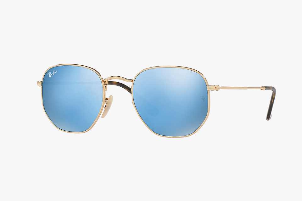 Ray-Ban Introduces Flat Lenses in Oval, Hexagonal and Classes found frames.