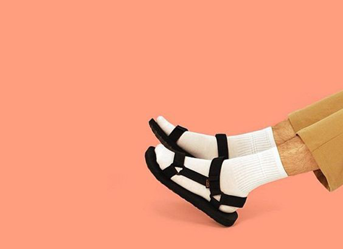 PAUSE Picks: Top 10 Sandals To Buy Now