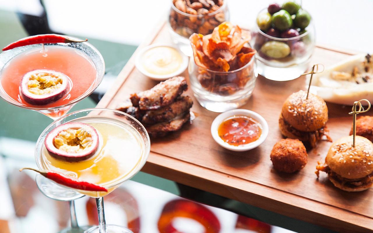 PAUSE Eats: Back Counter Lounge