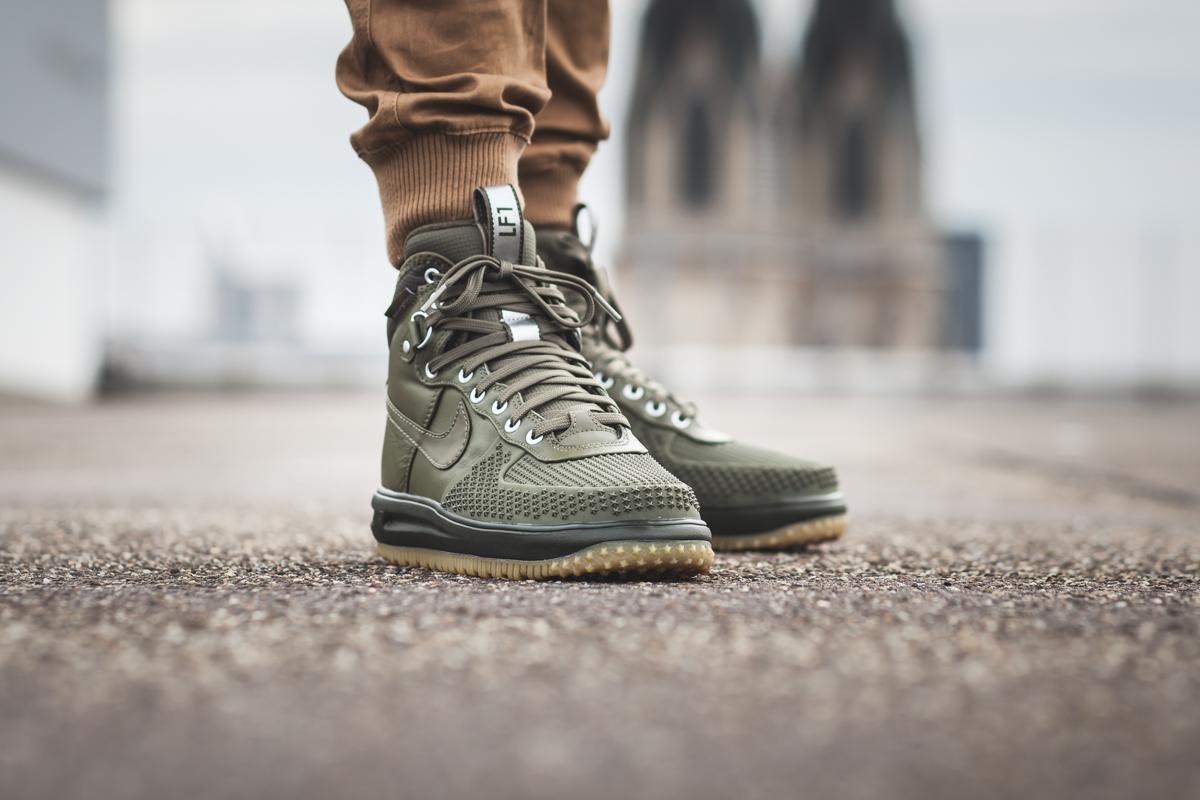 Sneaker Watch: Nike Lunar Force 1 Duckboot
