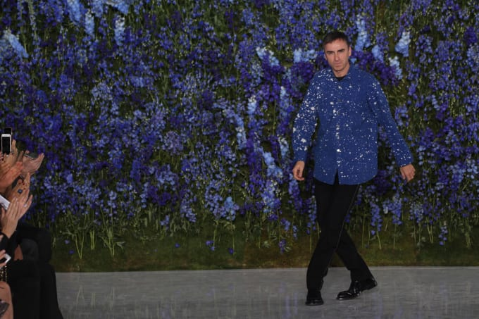 Raf Simons Gets The Seal Of Approval For New York Fashion Week