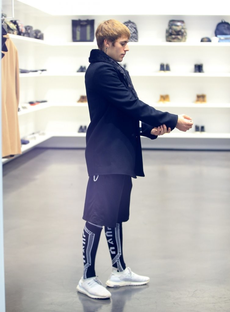SPOTTED: Justin Bieber In The Saint Laurent Beverly Hills Store