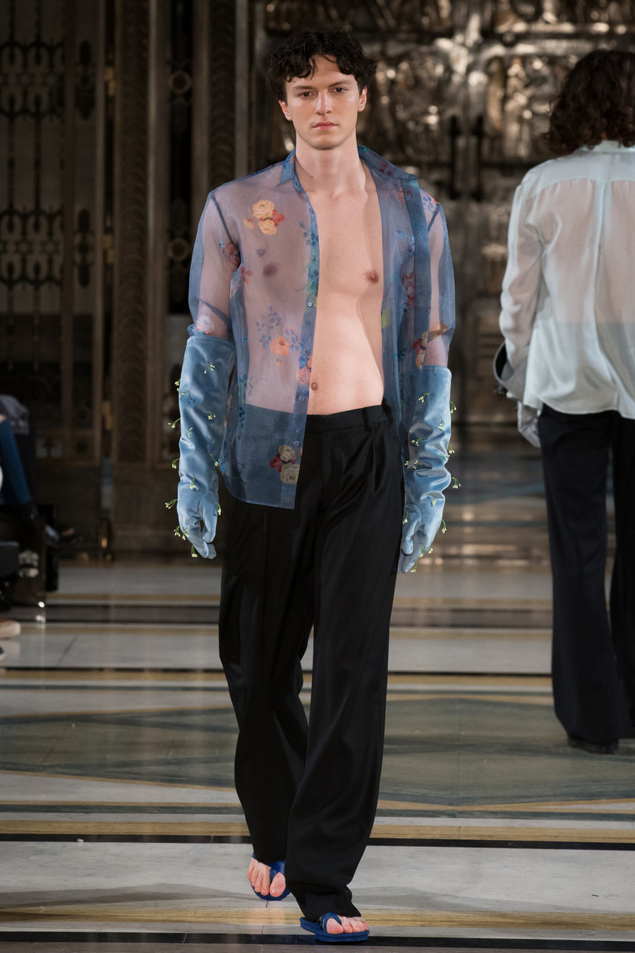 LFW: Harry Xu Fall/Winter 2017 Collection
