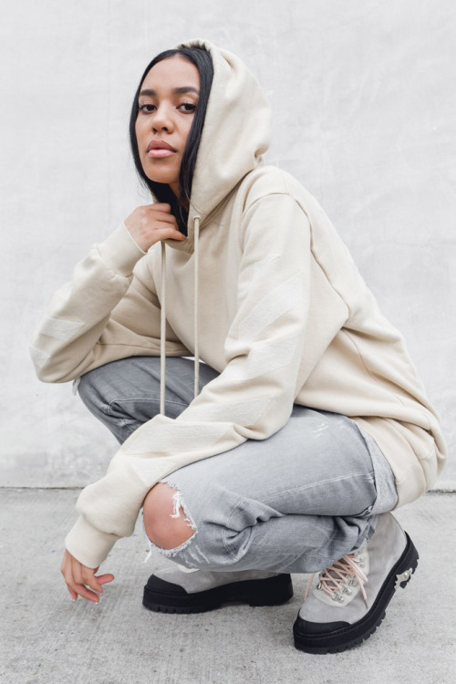 """""""OFF PALETTE"""" by OFF WHITE x KITH"""