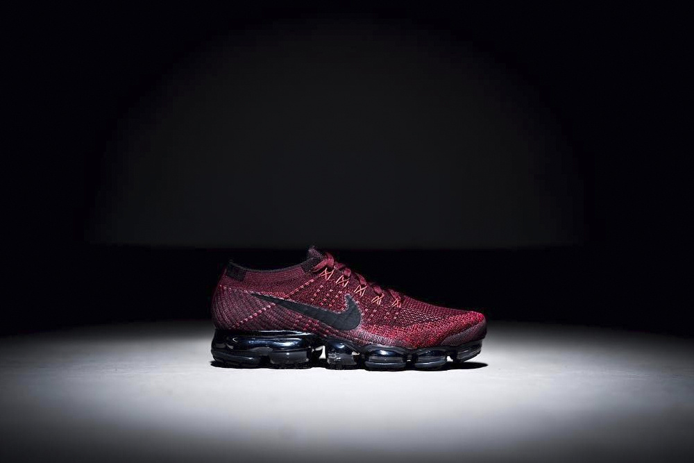 Nike Air VaporMax in Red and Black Colourway