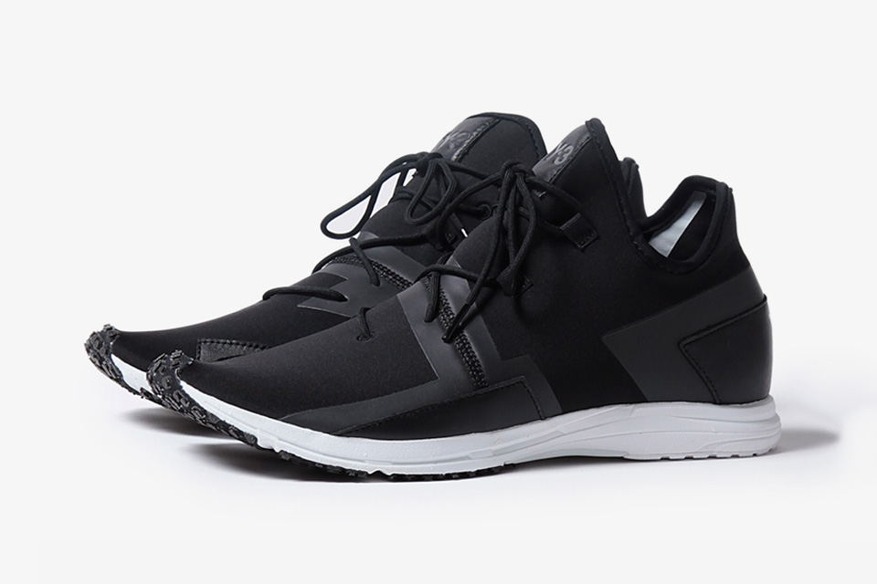 Y-3 Releases Another Futuristic Sneaker Gem With the Arc RC
