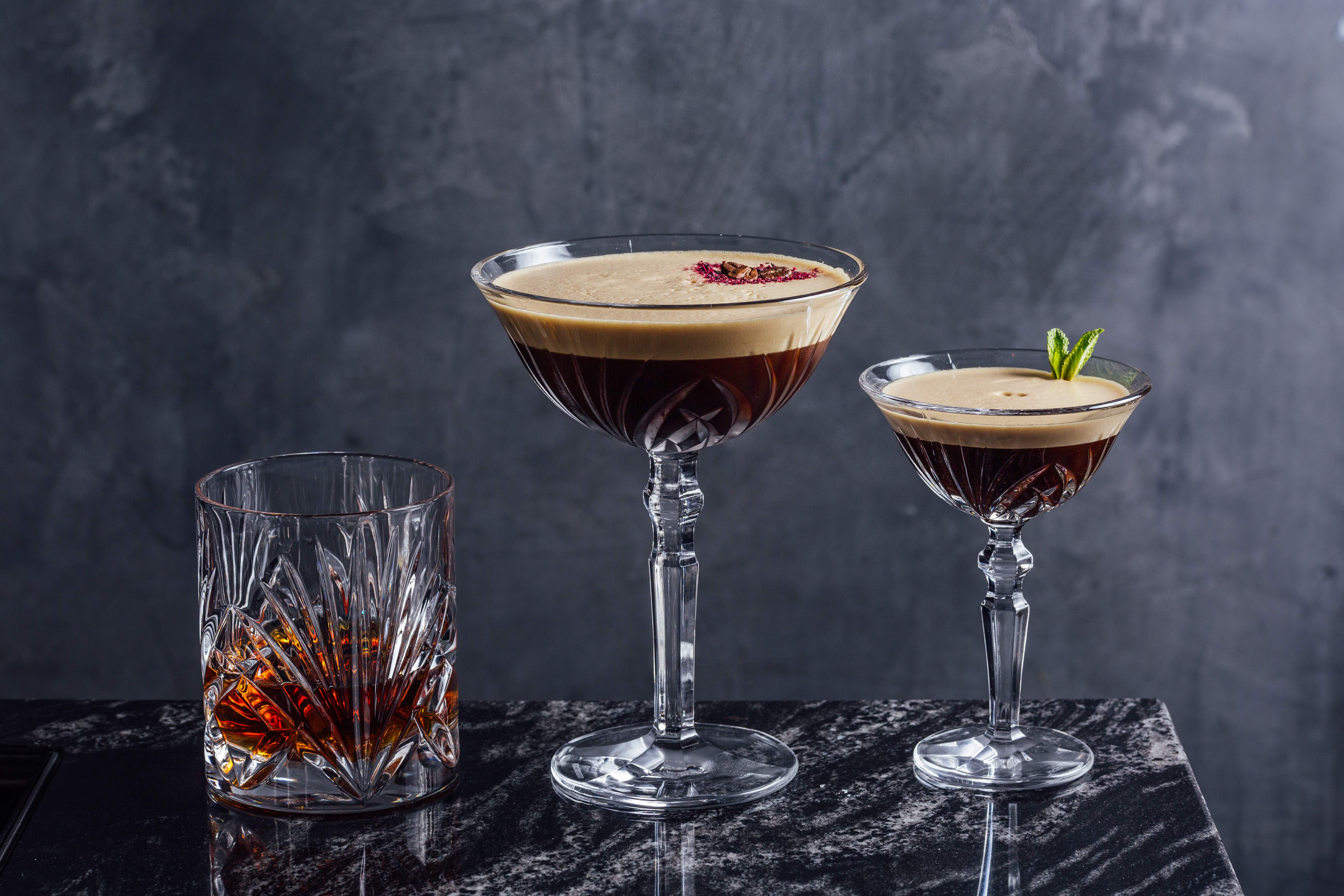 PAUSE Drinks: MNKY HSE