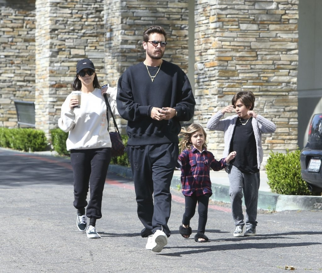 SPOTTED: Scott Disick With Family In Adidas Yeezy Season Calabasas Sweatshirt, Sweatpants and Sneakers