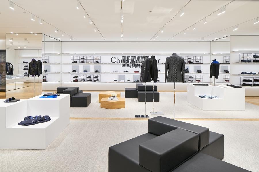 Tokyo Welcomes A Lavish New Dior Store