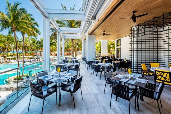PAUSE Travels: Best Places To Eat In Miami