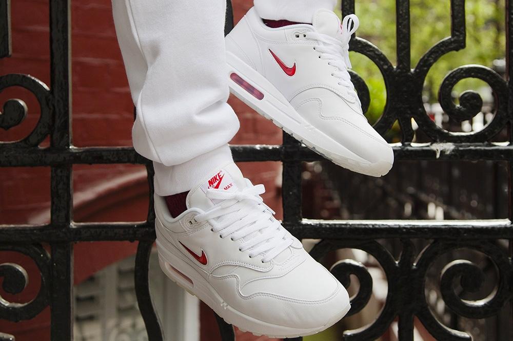 Nike Release Jewel Swoosh Air Max 1