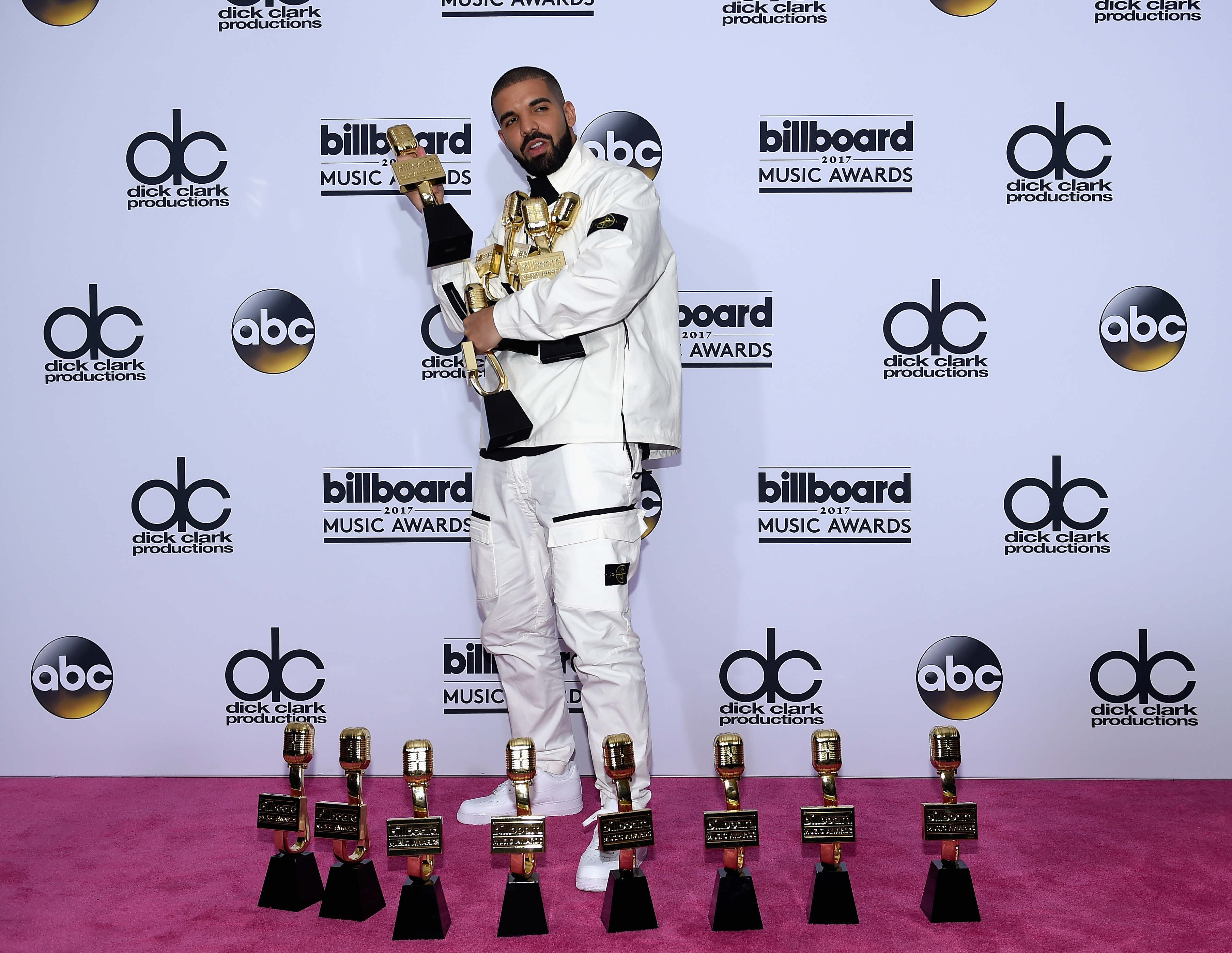 SPOTTED: Drake Wins 13 Billboard Awards In Full Stone Island Tracksuit And Nike Sneakers