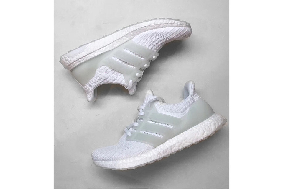 "adidas Ultra Boost 4.0 ""Triple White"" Glow-in-the-Dark"