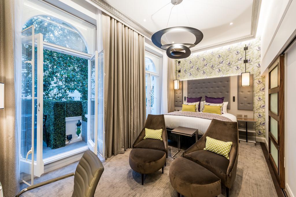 PAUSE Visits: Mercure Hyde Park Hotel