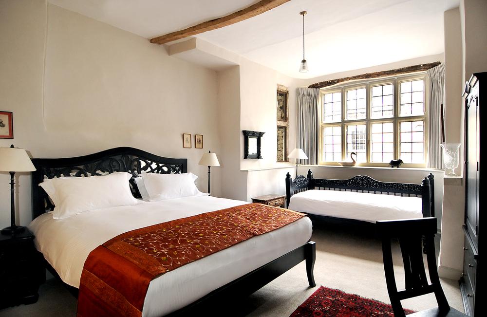 PAUSE Visits: The Bull & Swan Inn