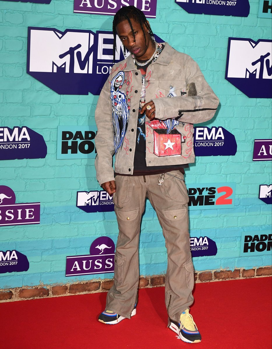 SPOTTED: Travis Scott at The MTV 2017 EMAs
