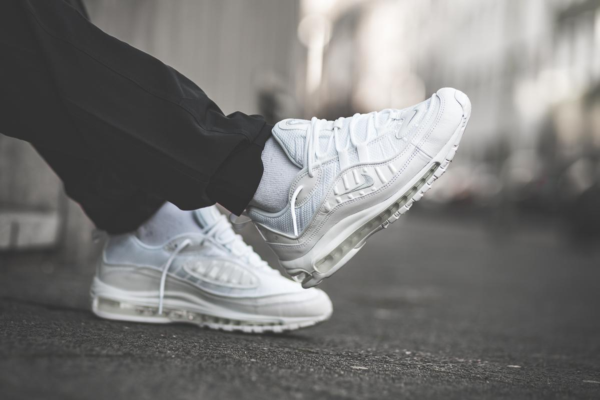 'Triple White' Air Max 98 Release Date