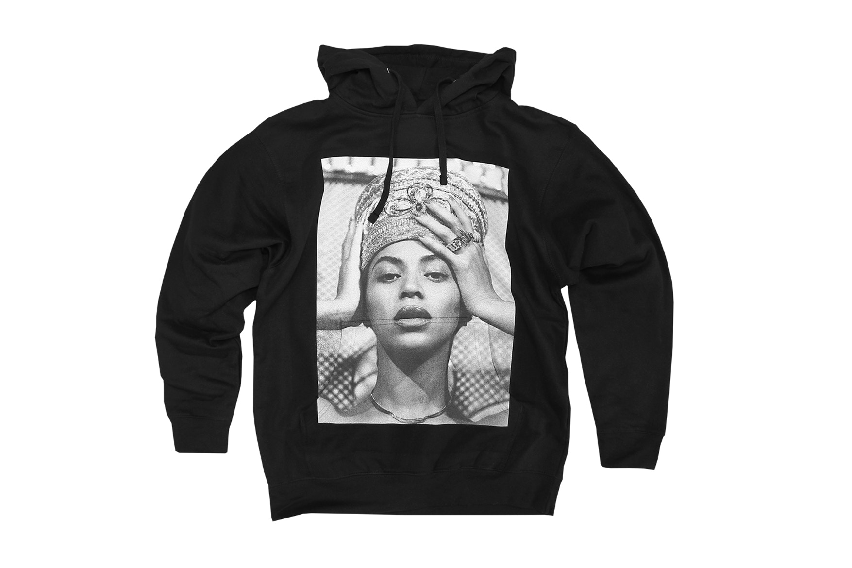 Beyoncé Drops Capsule Collection Inspired by Queen Nefertiti