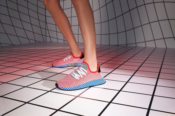 SS18_DEERUPT_QC2624_AC8466_DIRECTIONAL_ON_FOOT_13_012_RGB_preview