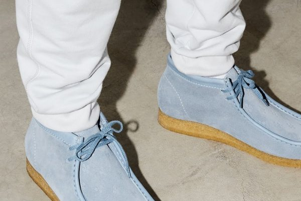 drake-ovo-clarks-wallabee-lookbook-010