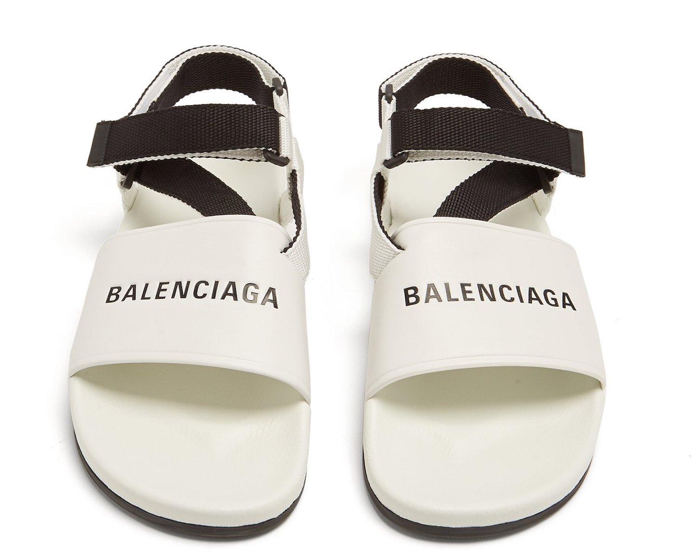 Balenciaga's Triple S Sit Unsold Online