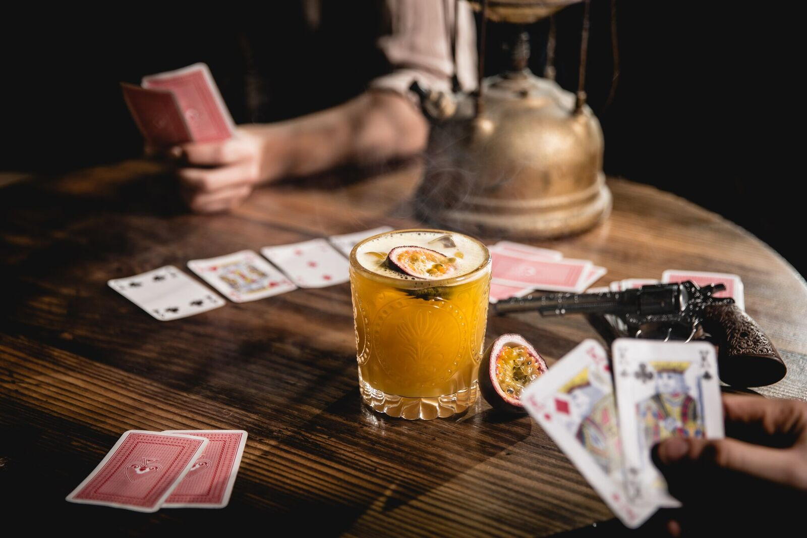 PAUSE Drinks: Moonshine Saloon