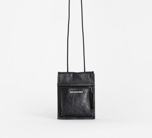 A Look at Balenciaga's AW18 Unisex Shoulder Bags
