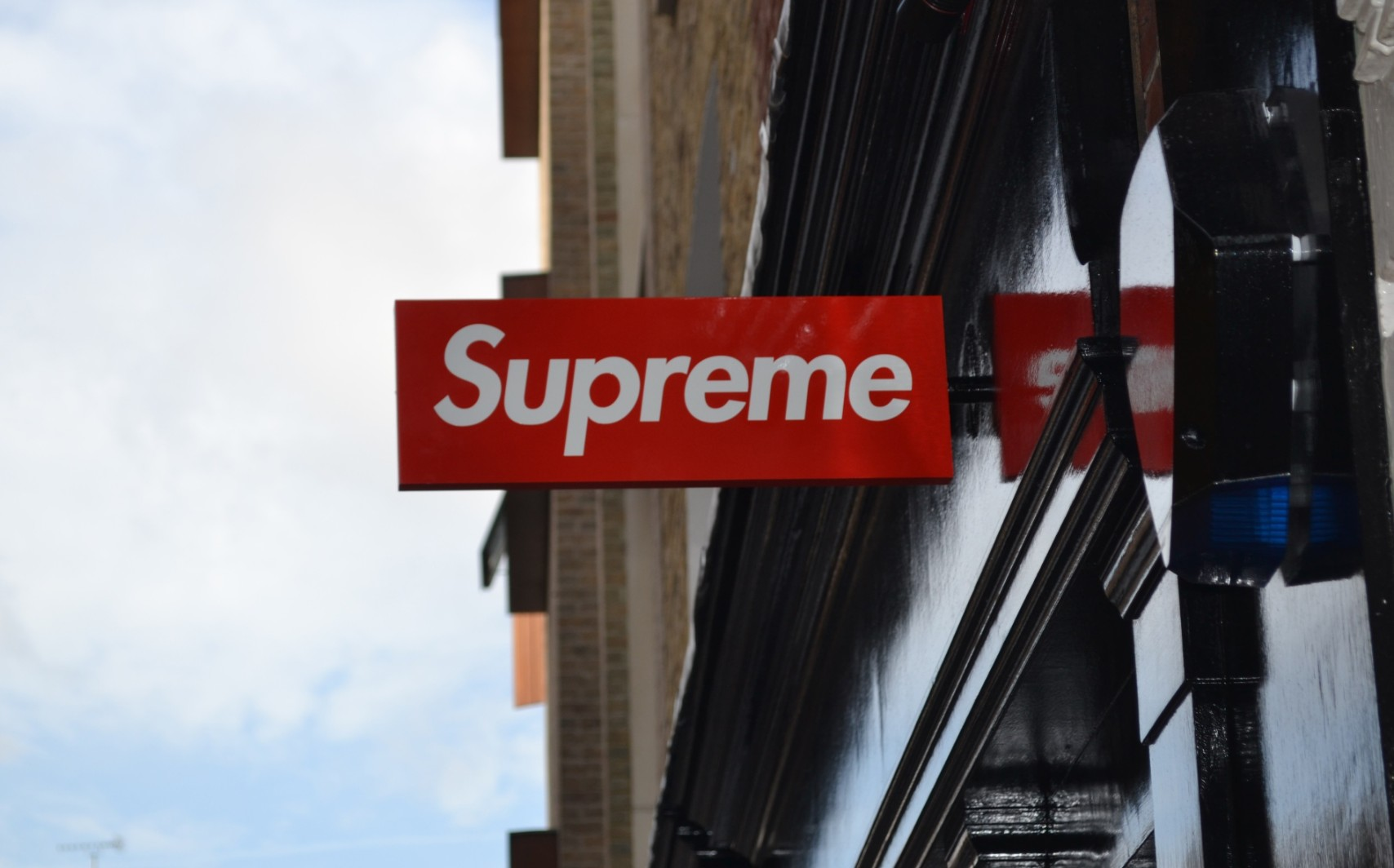 Supreme London Will Gift You a Bogo Crewneck If You Can ID the Man Who Defaced Their Store