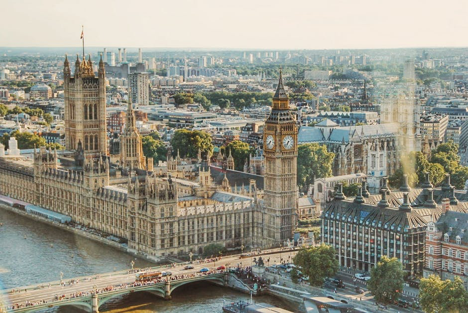 5 easy ways to make extra money in London