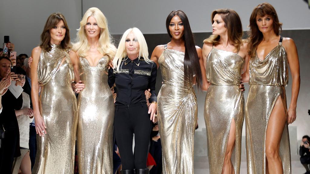 Michael Kors Buys Versace For $2.1bn
