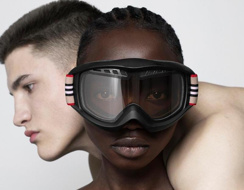 """Burberry Unveils """"Icon Stripe"""" B Series Ski Goggle"""
