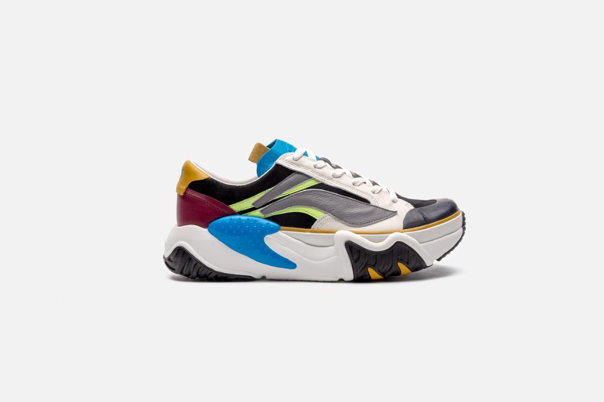 LI-NING Releases an Unreleased Sneaker from 1991