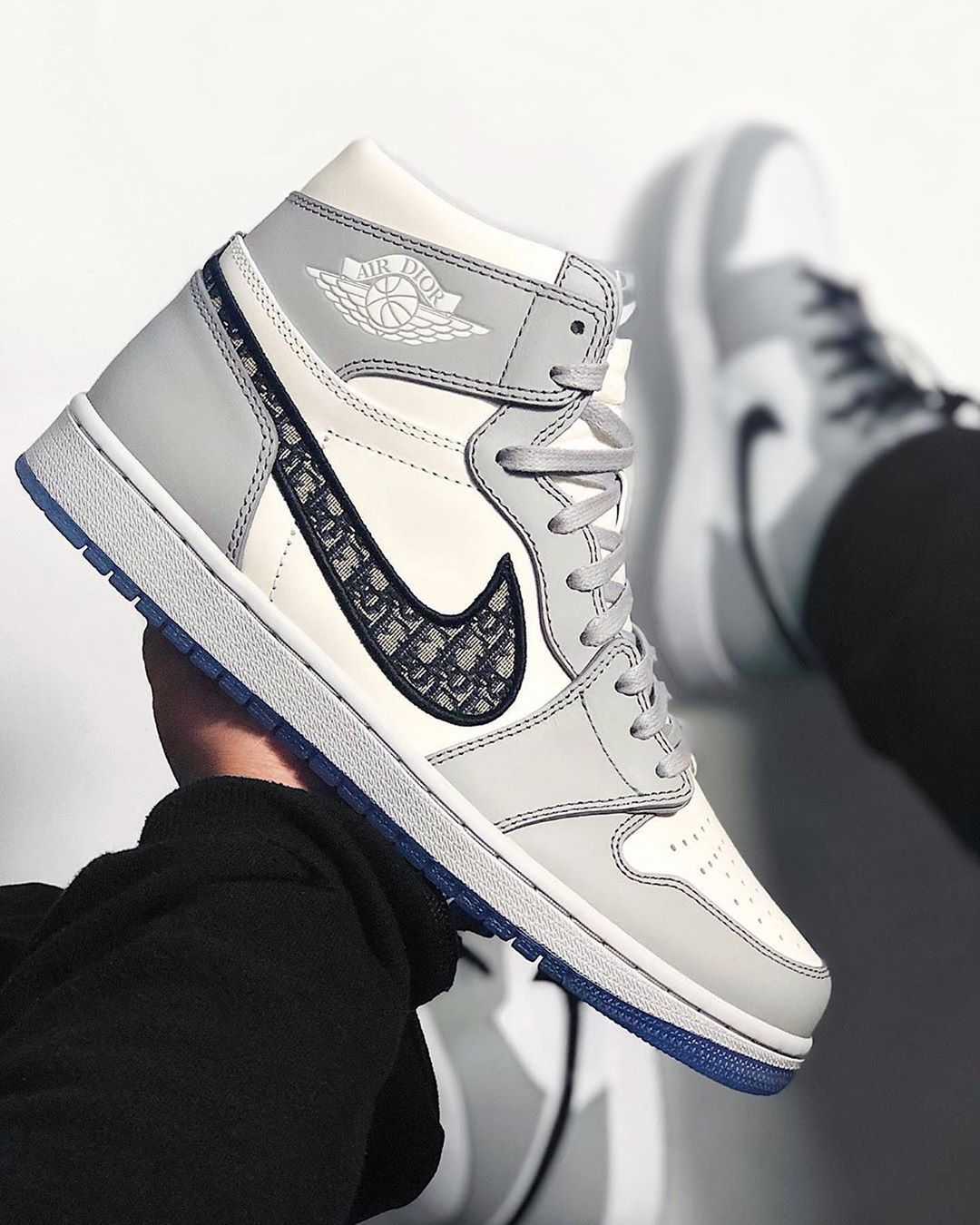 The Nike X Dior Air Jordan 1 Raffles Have Opened for Entry