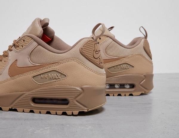 PAUSE Picks: 5 Sneaker Releases of the Week