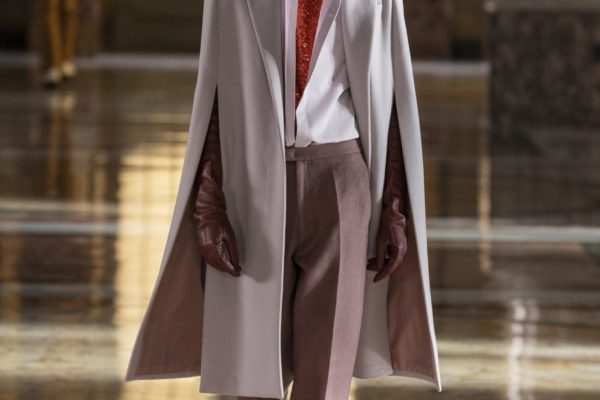 00039-Valentino-Couture-Spring-21
