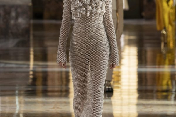 00069-Valentino-Couture-Spring-21
